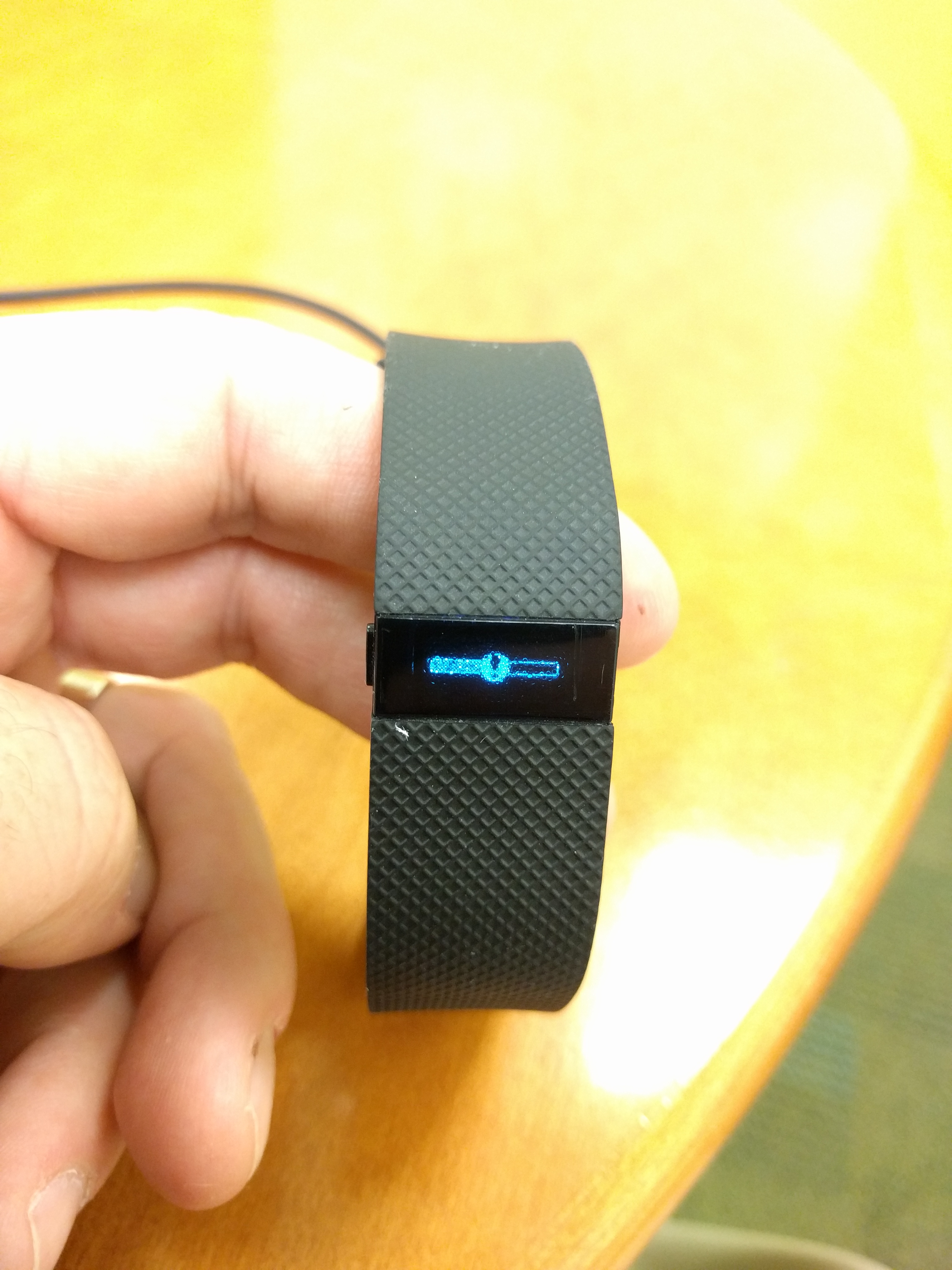 Odd Image On Charge Hr Screen Device Unresponsive Fitbit Community