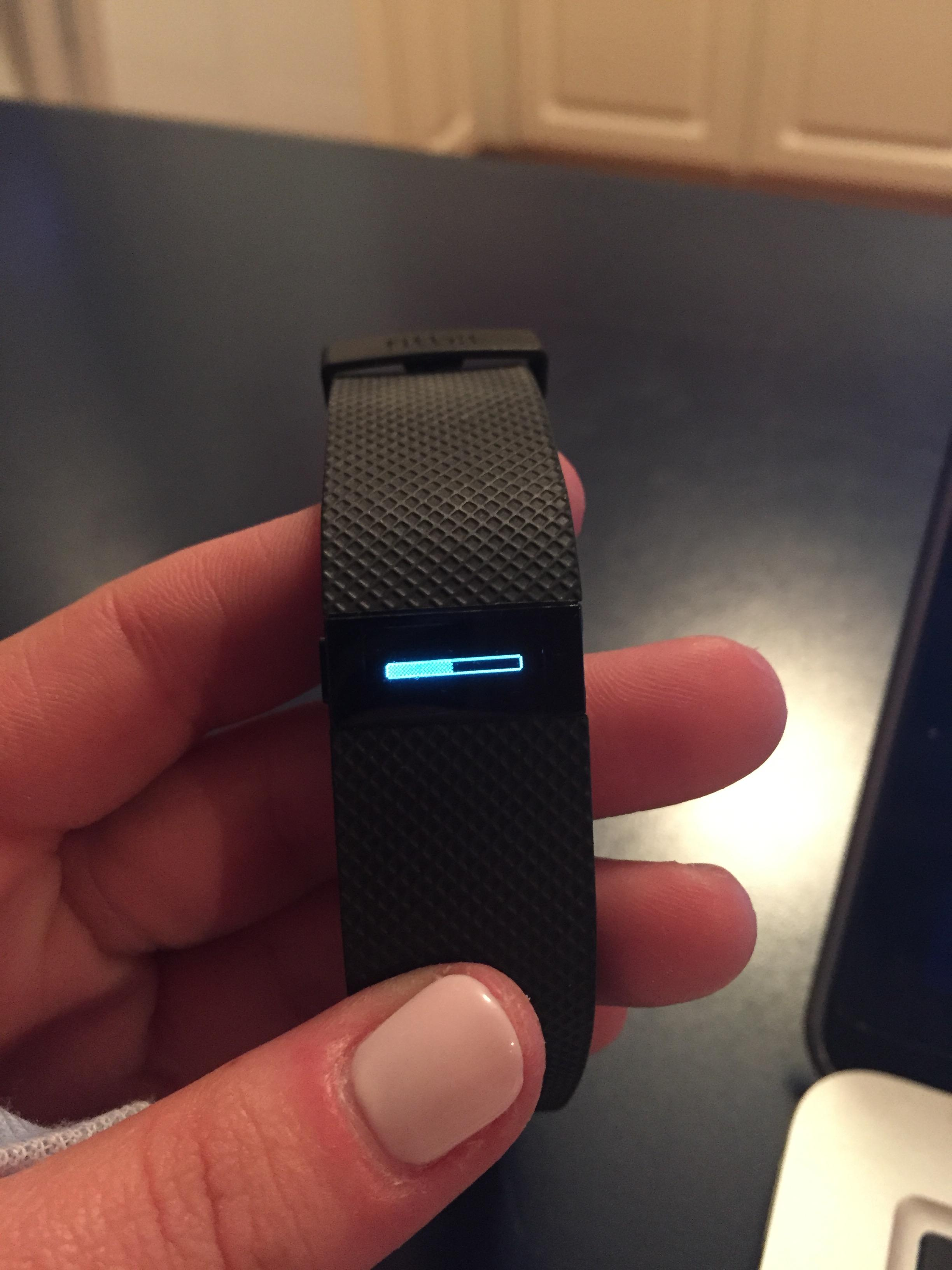 Charge HR screen stuck on update - Fitbit Community