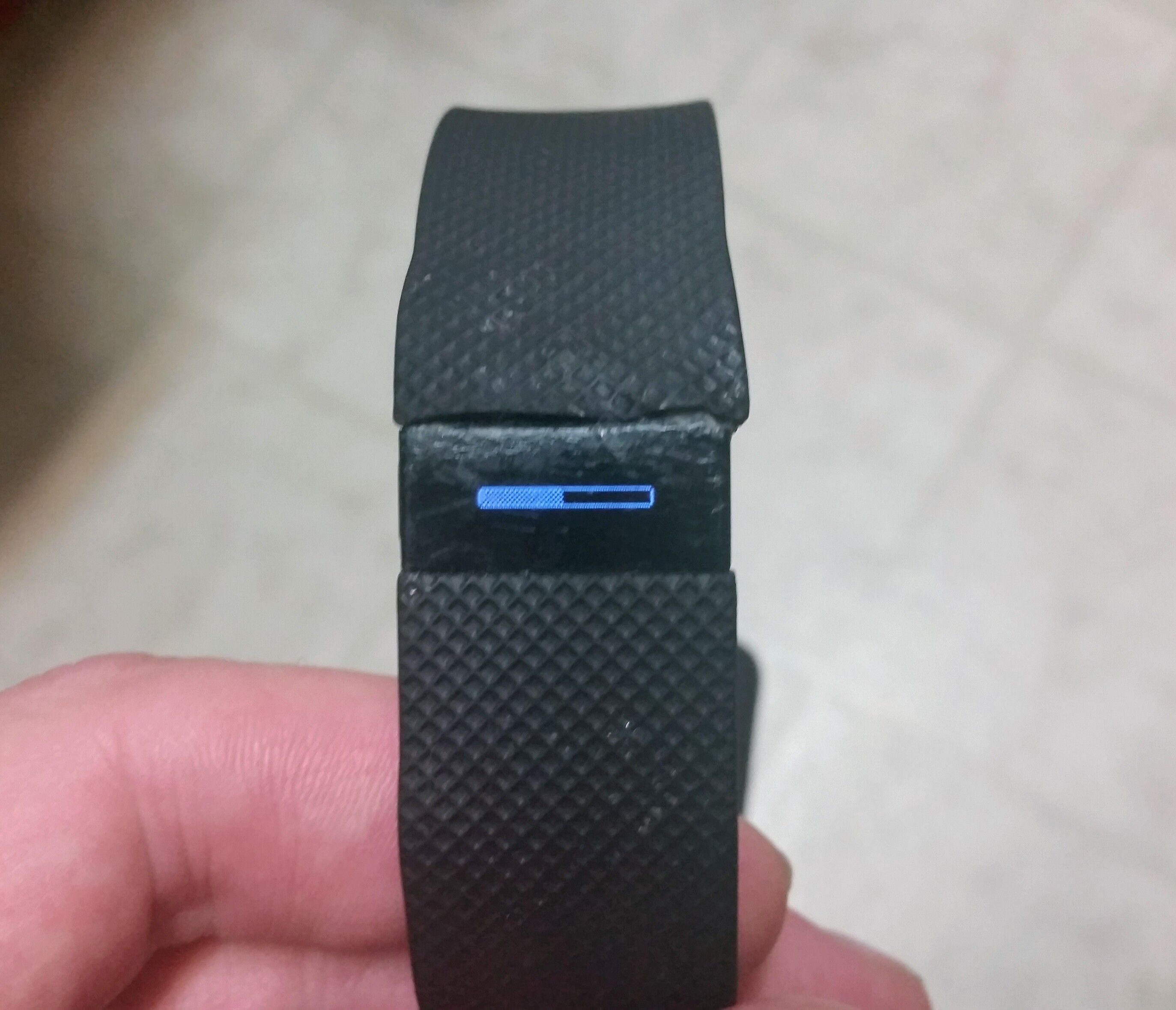 Solved: Charge HR stuck in firmware update - Version 122 - Fitbit
