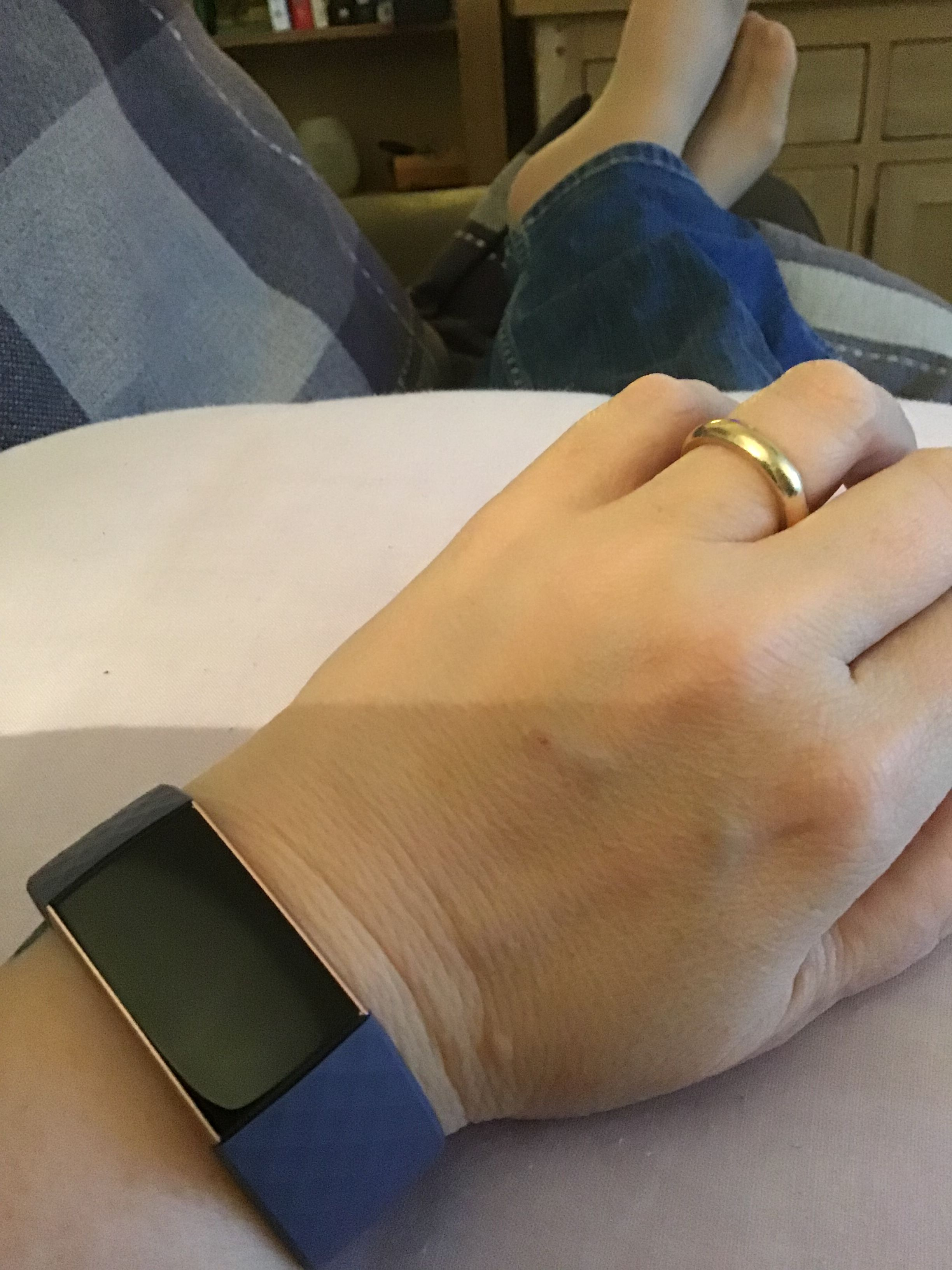 Size of Charge 3 on skinny wrist - Fitbit Community